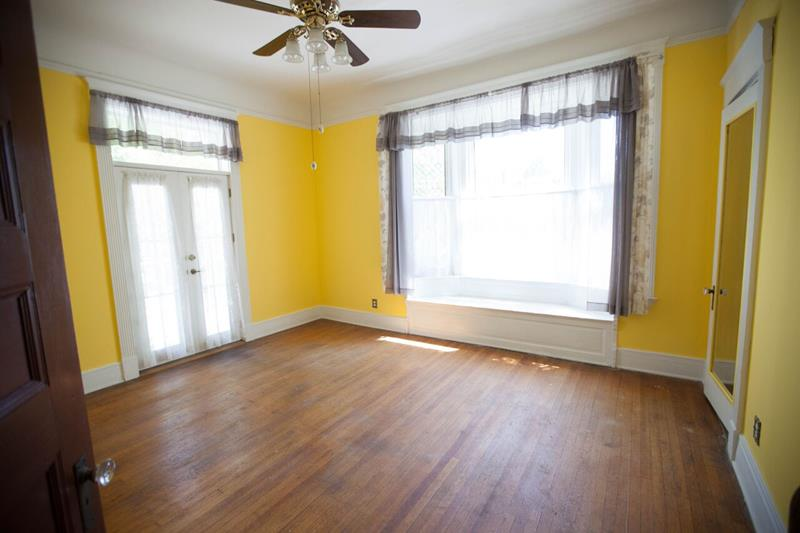 interior painting contractor st louis house painter. Black Bedroom Furniture Sets. Home Design Ideas