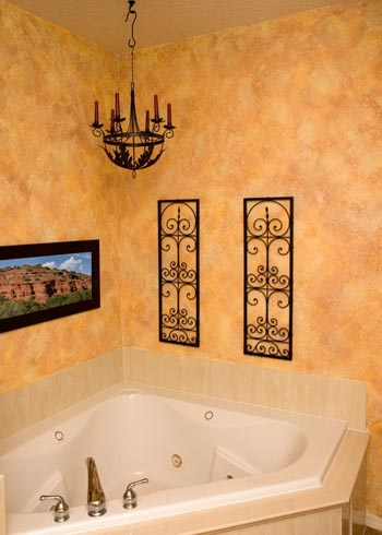 How to sponge paint a room kennedy painting Best paint finish for bathroom