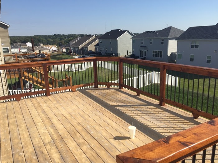 staining and deck maintenance tips