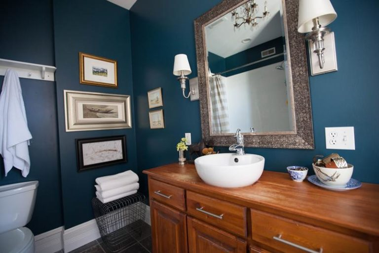 Paint to use in bathroom